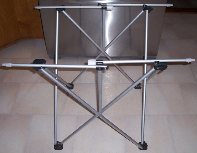 Roll up table Stand.jpg